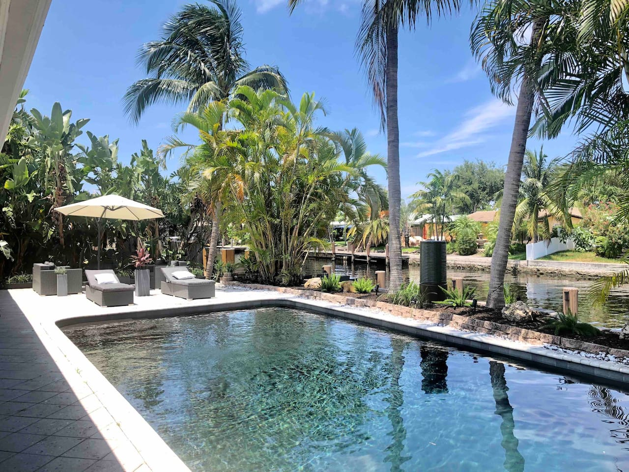 While the sparkling saltwater lagoon pool is a favorite, there are a number of intimate areas of the waterfront property for sunbathers and those who prefer the shade to explore at Wilton Palms
