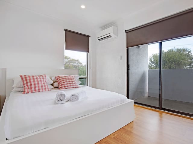 Adelaide Holiday Home Three-Bedroom - Royston Park - Apartamento