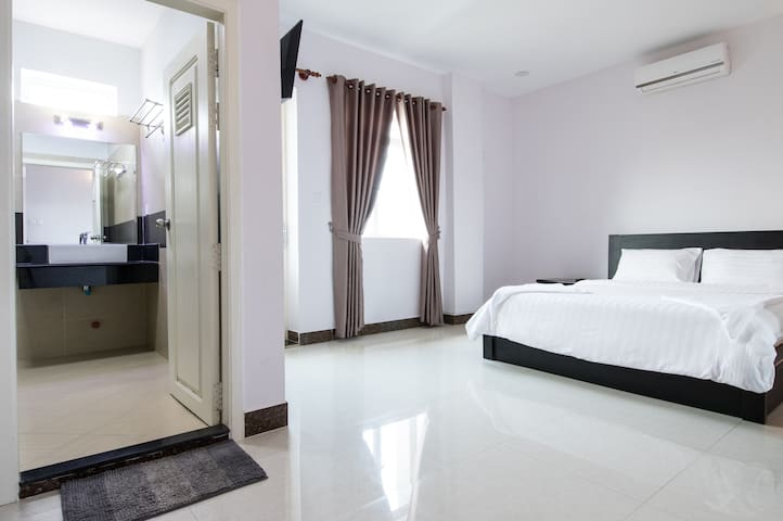 3 bedroom Apartment in a new Residence - Phnom Penh - Flat