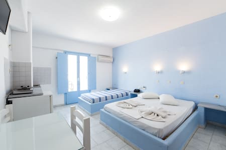 Studio with sea view for 1-3persons - Paros - Bed & Breakfast