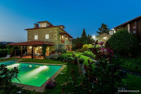 Villa de 3 chambres à Fragoso, avec magnifique vue sur la montagne, piscine privée, jardin clos - à 9 km de la plage