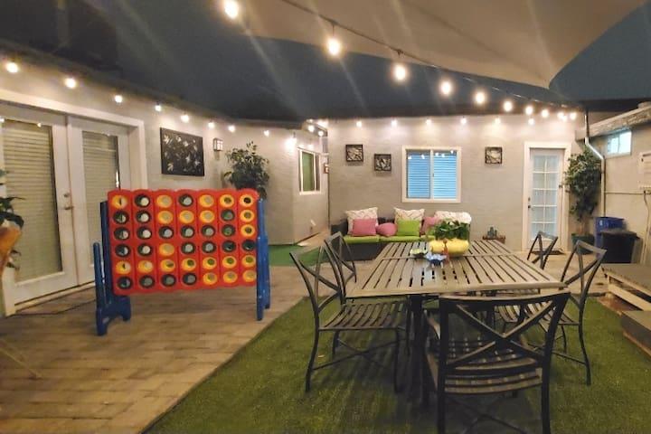 Central Phoenix Casita w/beautiful patio (Unit C)
