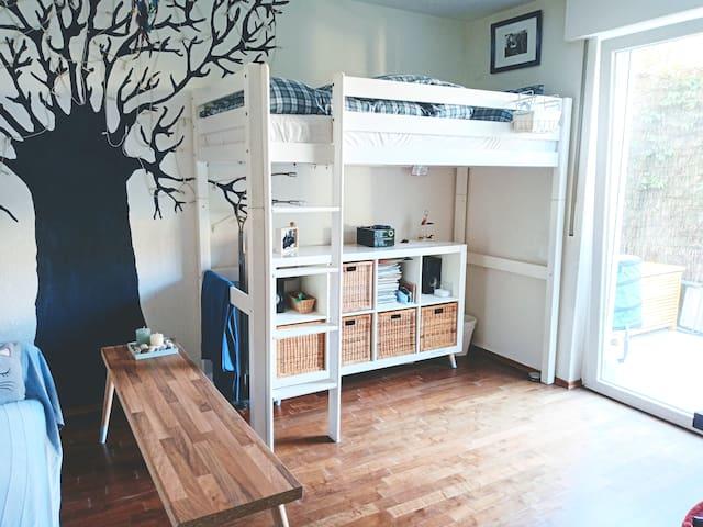 Privatzimmer mit Hochbett