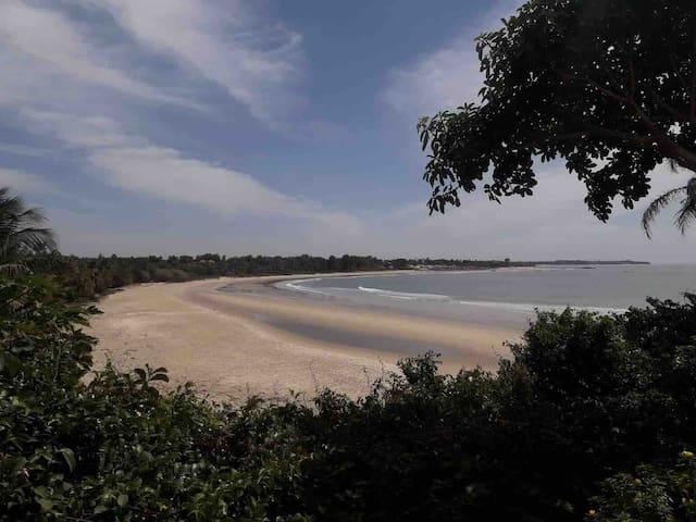 La maison d'hôte Essuketeye au bord de la plage