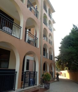Cozy, modern, one bedroom apartment in Munyonyo