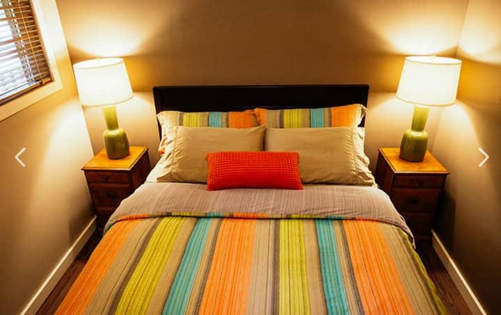 Skeena River House Bed + Breakfast: Pebble Beach