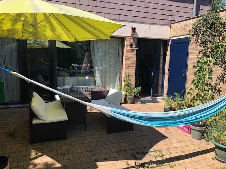 maison&jardin à 5 min à pied grand place de LLN