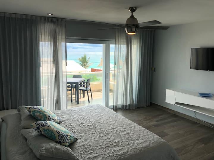 Romance Ocean View Suite - Caribbean Paradise
