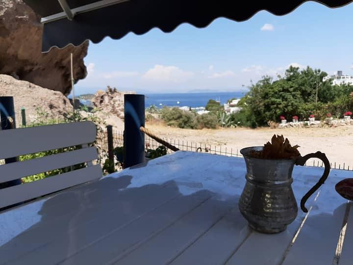 15 m2 Tıny Hause,Deniz,veranda ve bahçe.