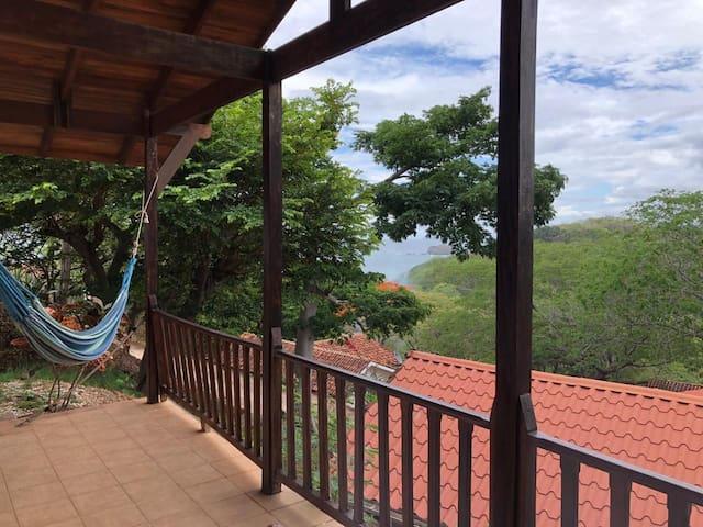 villa a 300 mts de playa real 20 min tamarindo