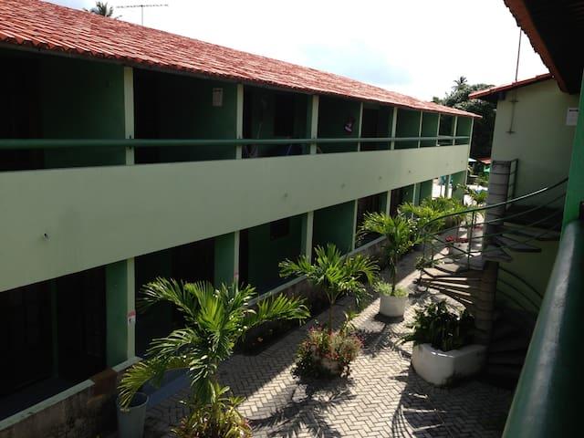 Duplex, 3 quartos pertinho da praia em Itamaracá!