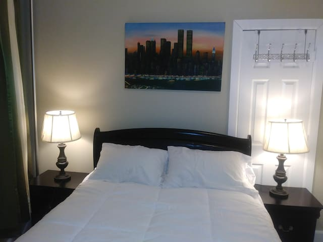 Miguel's Room #1 A unos  minutos del JFK y LGA