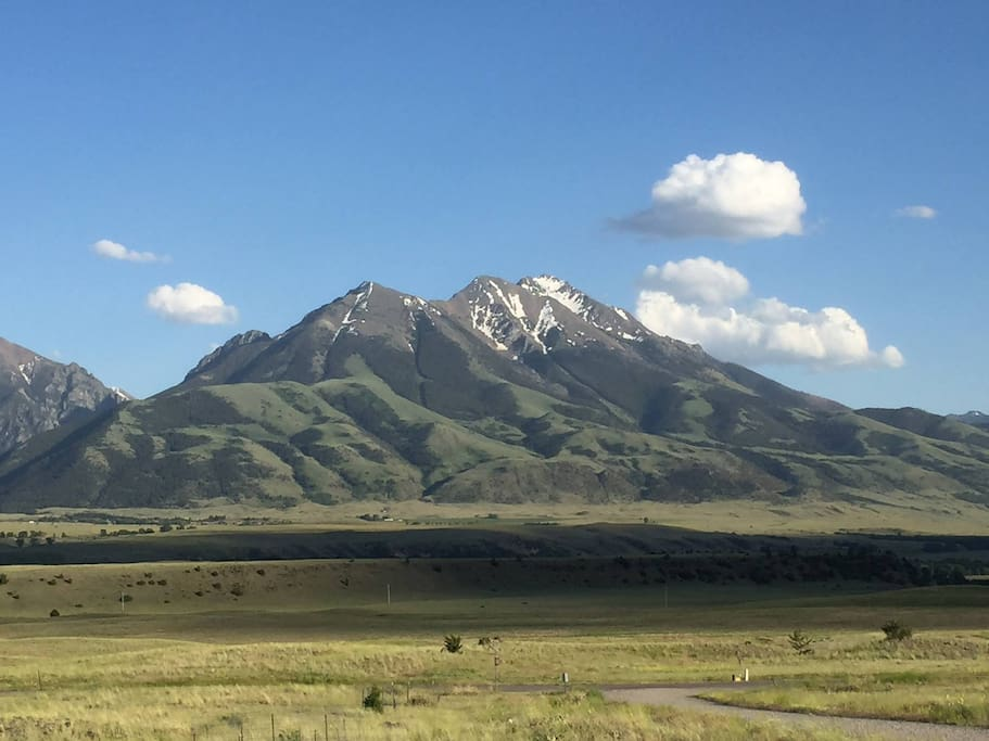 A room with a view, Emigrant Peak...