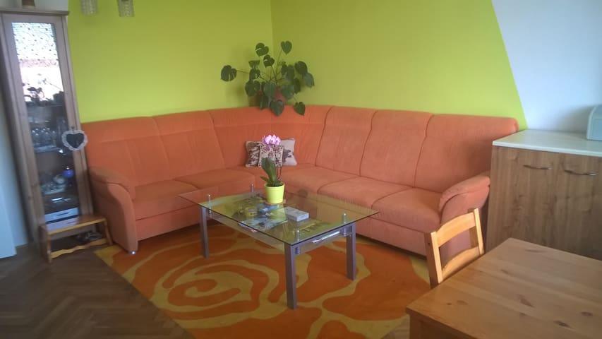 slunečný byt, v klidném městečku - Modřice - Apartament