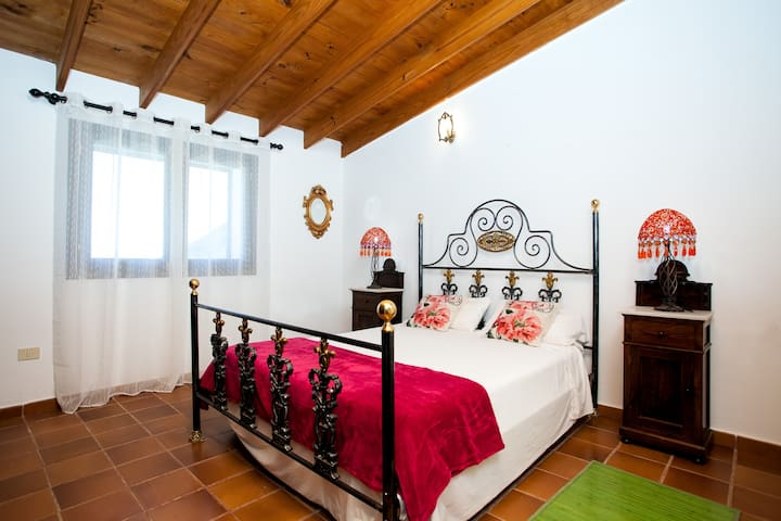 LOS RINCONES I ( casa de campo ) - La Oliva, Vallebrón - Casa