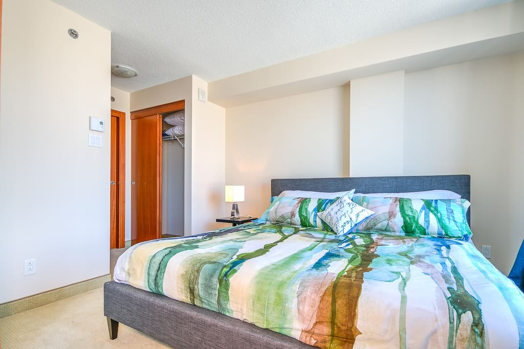 Bedroom+closet