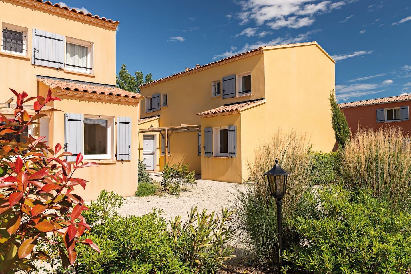 Welcome to Lagrange Vacances Residence L'Oustau de Sorgue!