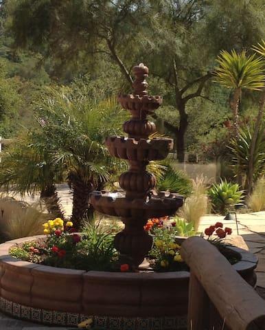 Romantic Wine Country Retreat-Hacienda Felise AG