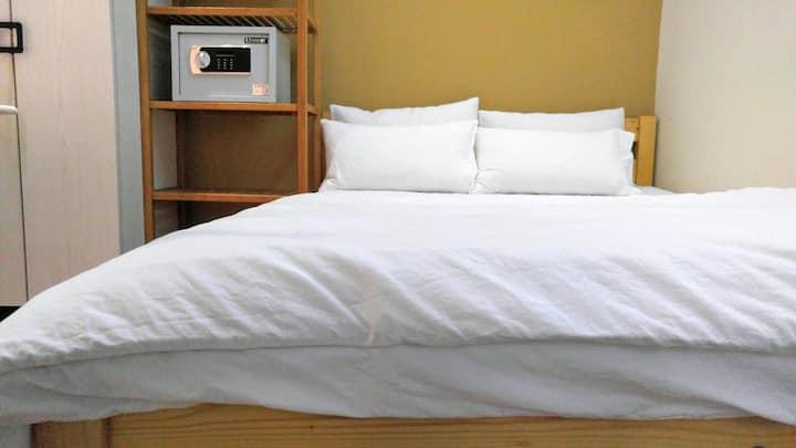 1 min to MTR, comfort & convenient