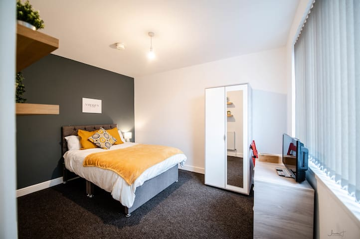 ⭐️Standard Double room with Private Bathroom ⭐️
