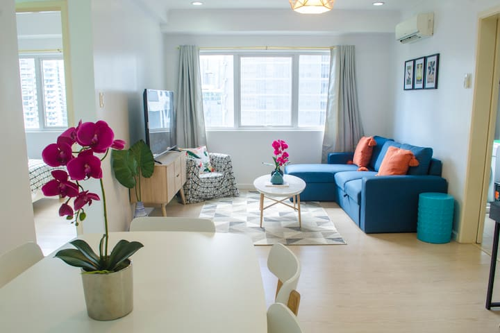 Indigo BGC Boutique 2BR Apartment @ SOMA