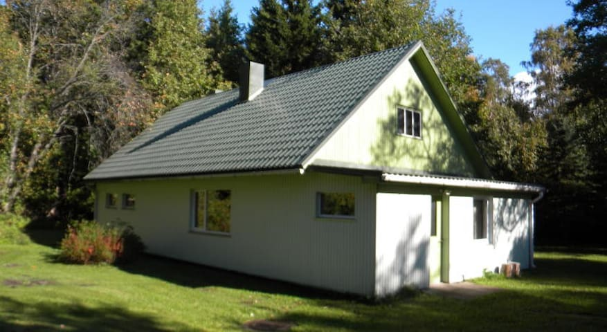 House for rent in quiet area near Pärnu - Pootsi - House