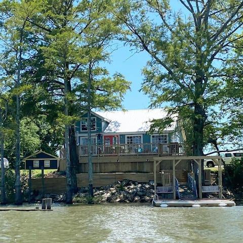 Lakeside Cottage on Moon Lake