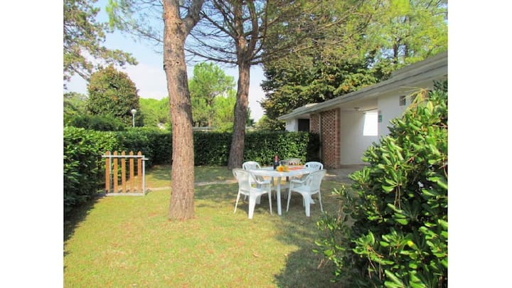 Splendida villa con giardino privato