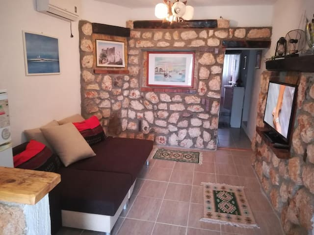 One bedroom apartment with terrace and sea view Senj (A-5571-c)