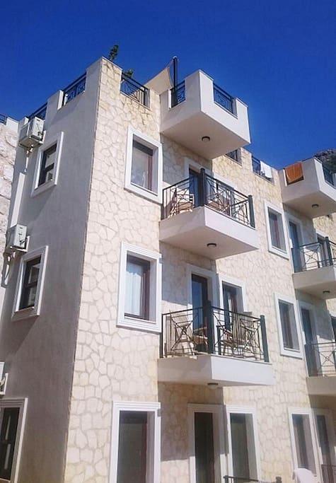 1st Floor Apartment Dere Complex