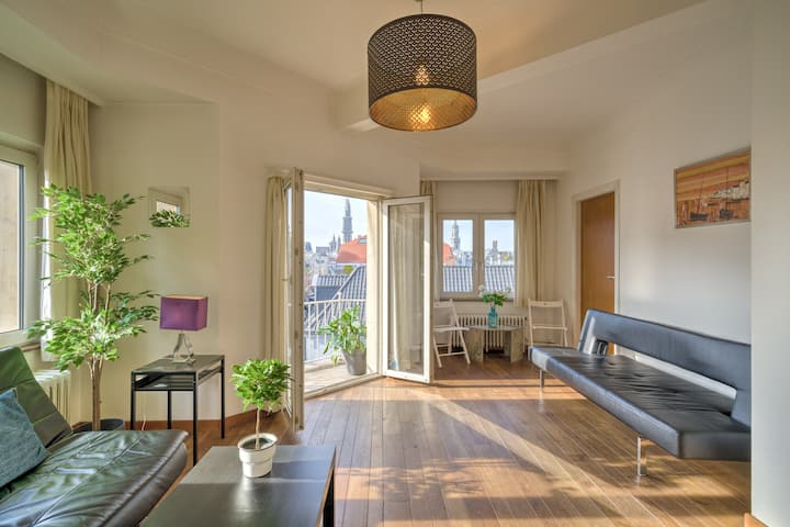 Spacious Apartments in the Center of Antwerp 1R
