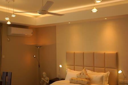 Affordable luxury by the beach - Dehiwala-Mount Lavinia