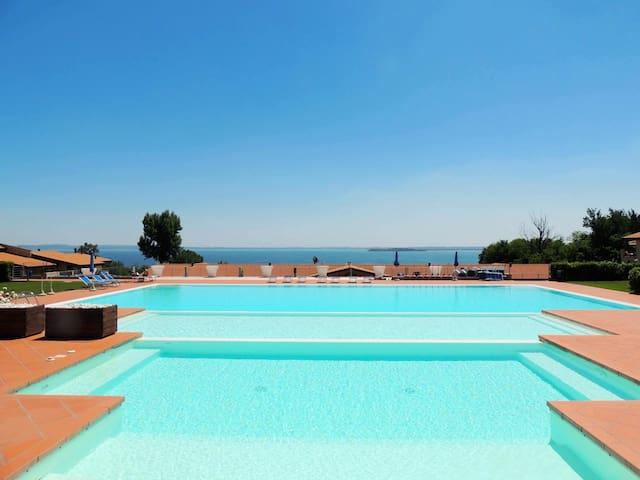Montecolo Resort F8 - Manerba del Garda - Daire