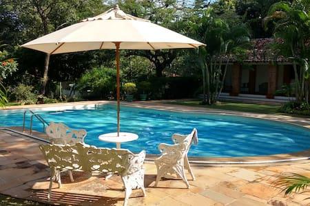 Chácara Paradisíaca às margens do Rio Jaguari