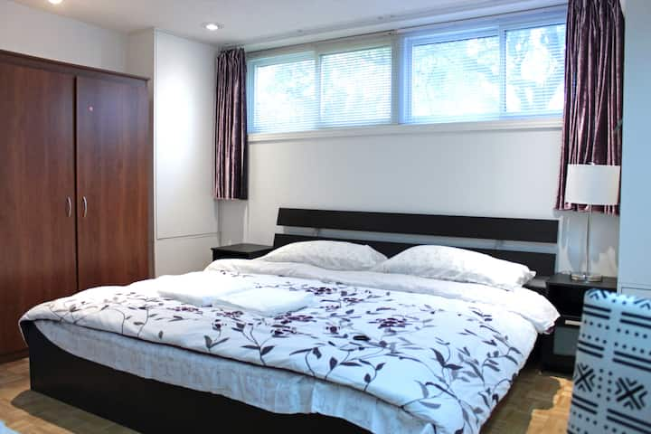 Cozy Private 2-bedroom Basement 静颐之家