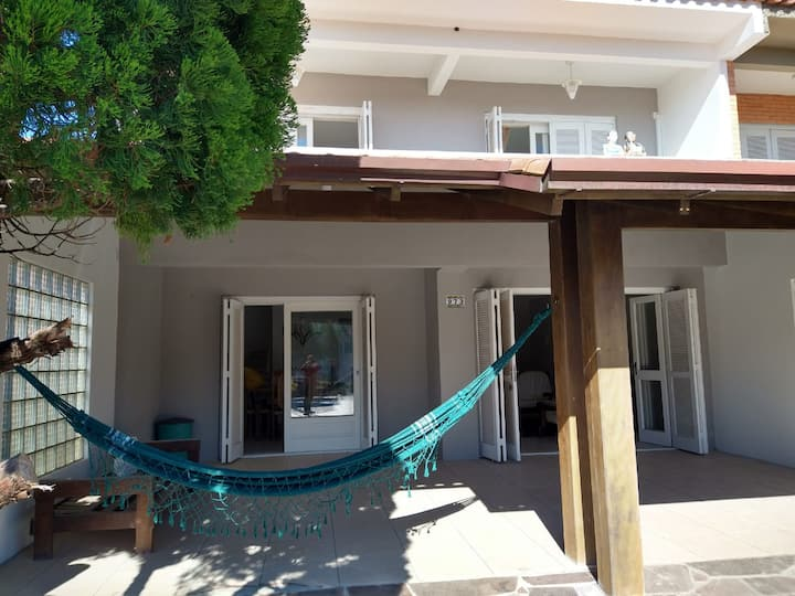 Casa com piscina em Tramandaí