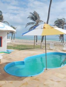 Maravilhosa casa em frente ao mar - FLECHEIRAS - Trairi
