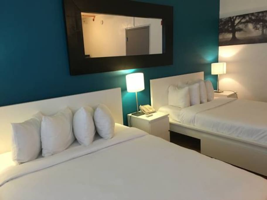 2 Double Beds Private Room