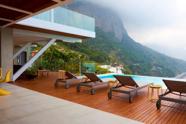 5 Bedroom Villa In Joá. 321 - Rio de Janeiro - Apartment