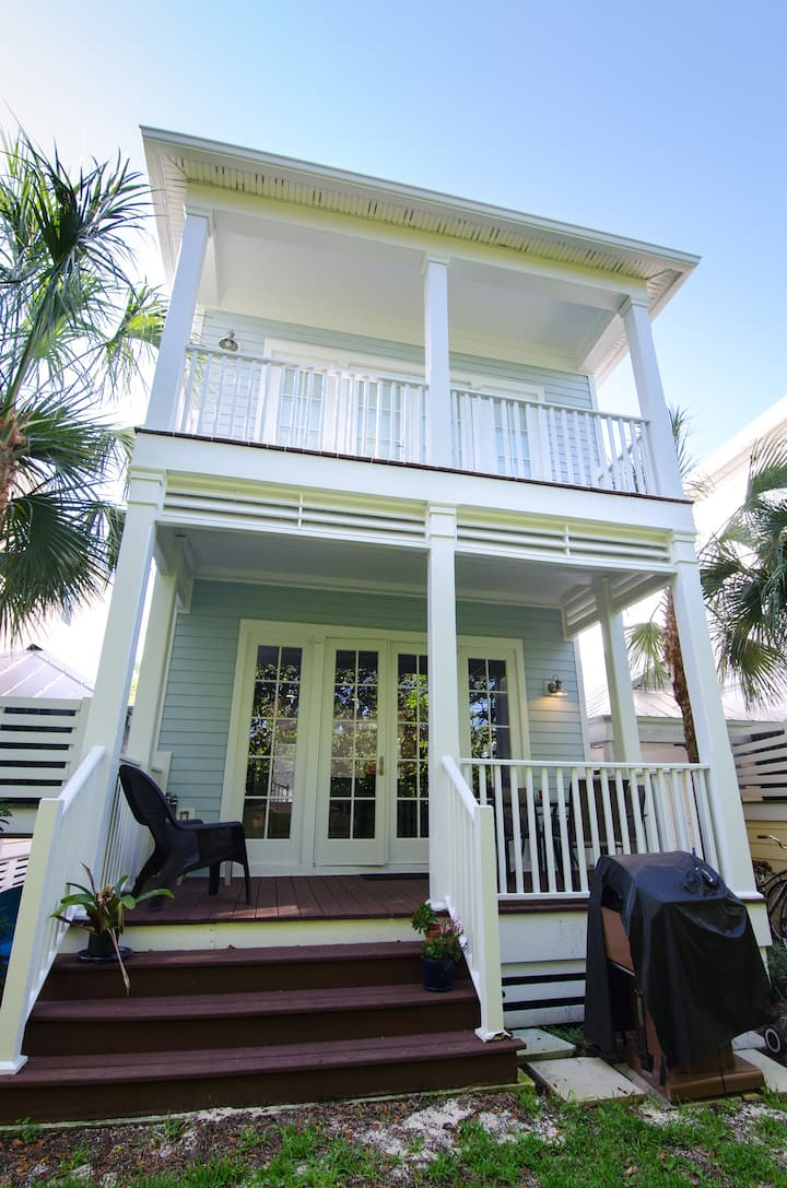 Anglers Reef is Oceanfront, Blue Marlin House2/2.5