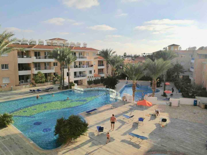 Iris village  holiday apartment (Paphos central )