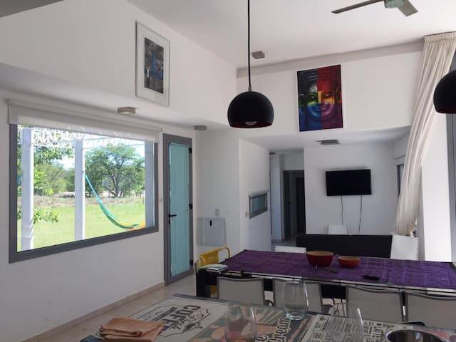 Casa con salida al Rió Los Sauces - Mina Clavero - Talo