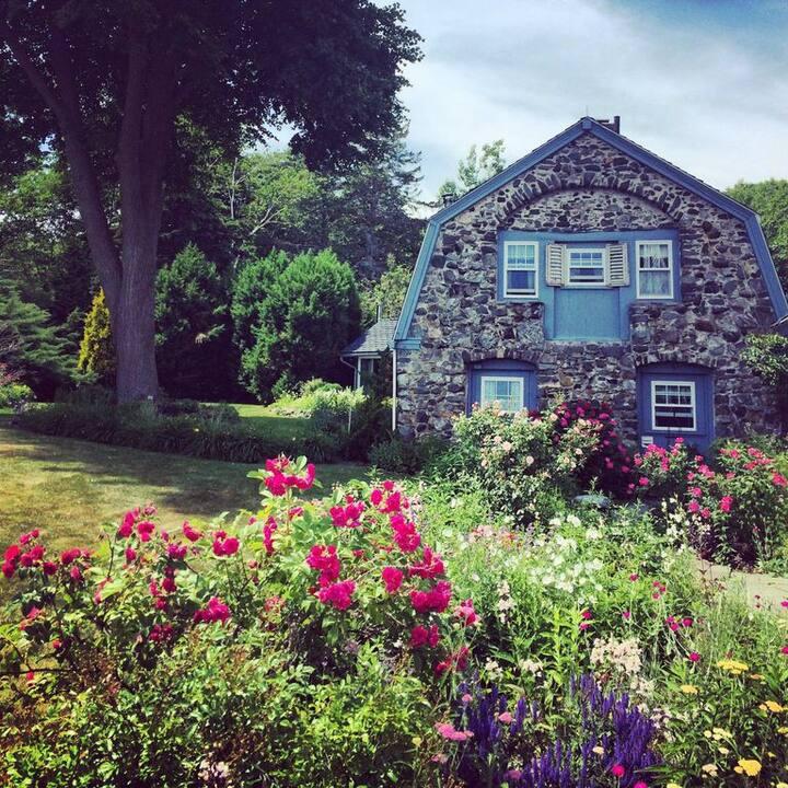 Cottage on Thaxter