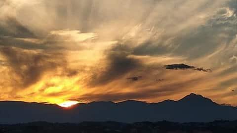 Casa con vista tramonto