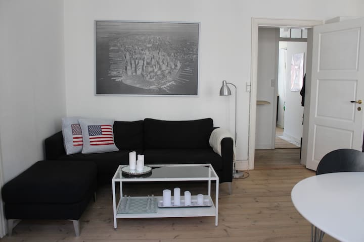 Calm, open and bright apartment in Copenhagen - Copenhagen - Apartemen