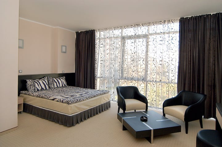 Double or Twin Room - Hotel Noris*** Breakfast inc