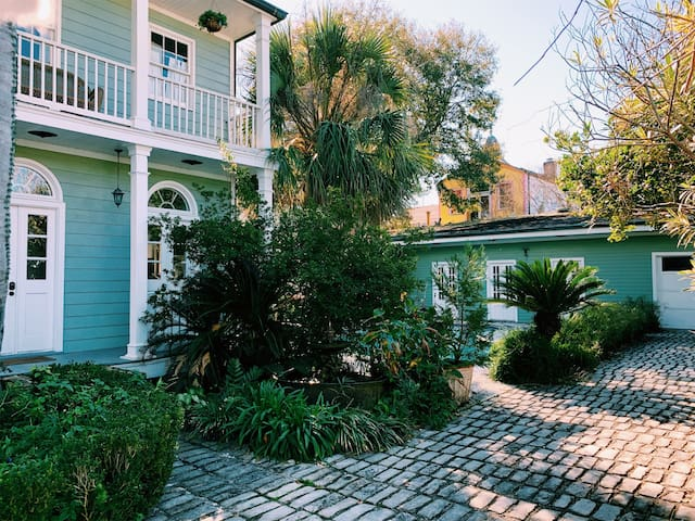 Historic Treme Pool Cottage One Block from FQ
