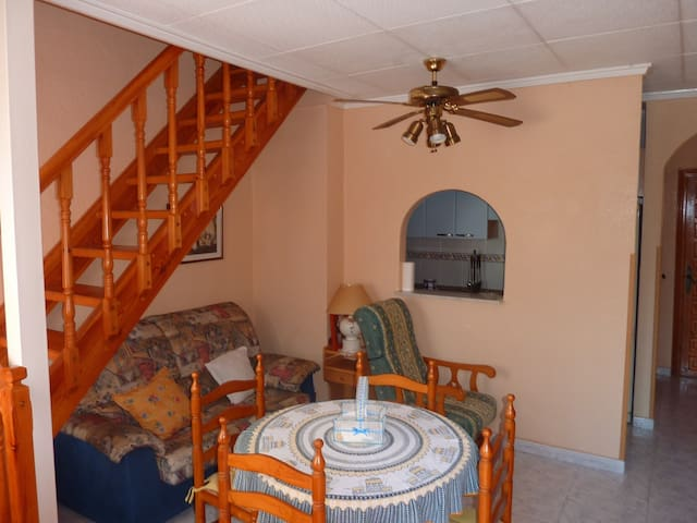 bungalow 10 minutes from the beach - San Fulgencio - Apartment