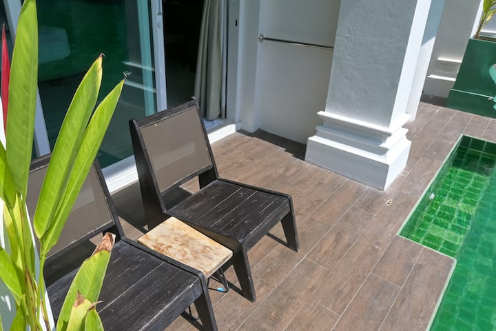 Very spacious pool access villa in Phuket Old Town