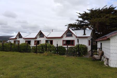 Habitación con tres camas individuales